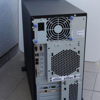 IntelliStation_rear_side.jpg